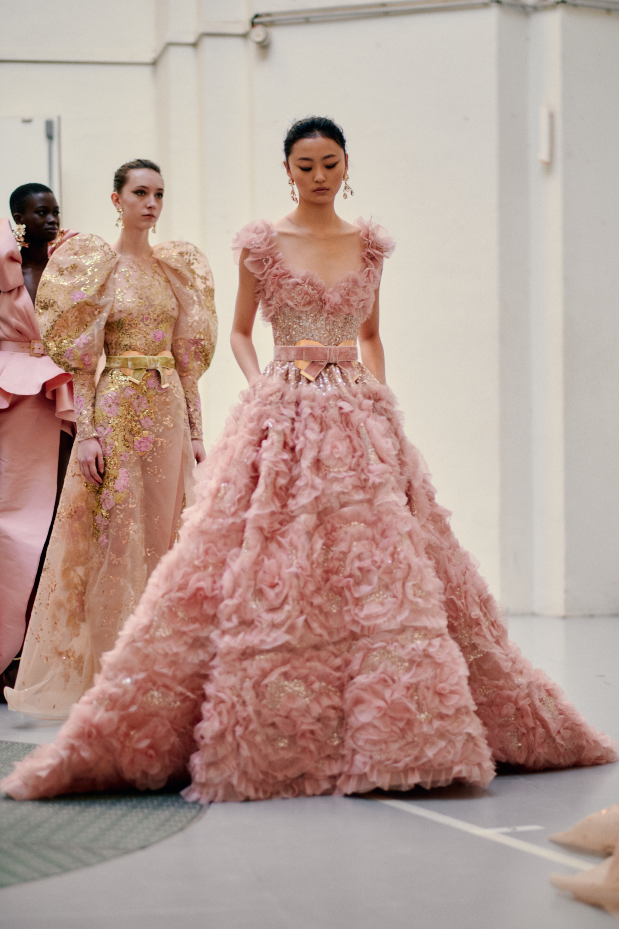 0481_ElieSaab_Couture_Vogue_22Jan2020_Credit-Jamie-Stoker