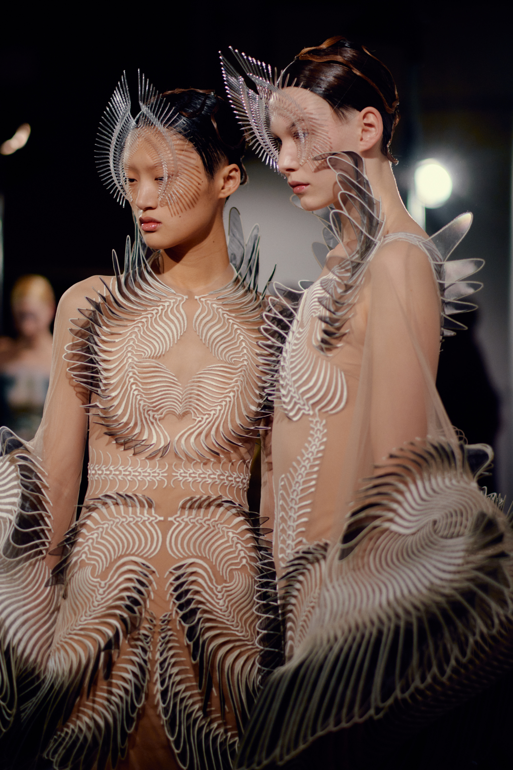 0501_IrisVanHerpen_Couture_Vogue_20Jan2020_Credit-Jamie-Stoker